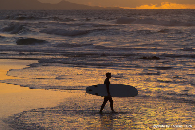Surfer in La Pared