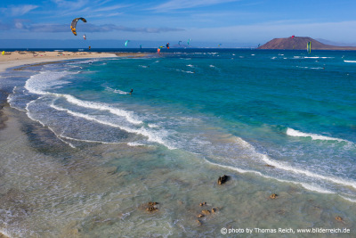 Kit-Surfen Flag Beach Fuerteventura